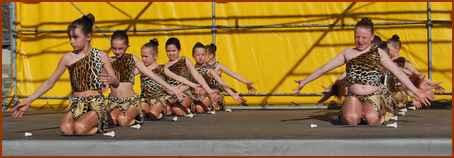 NEUVY danse de tarzan